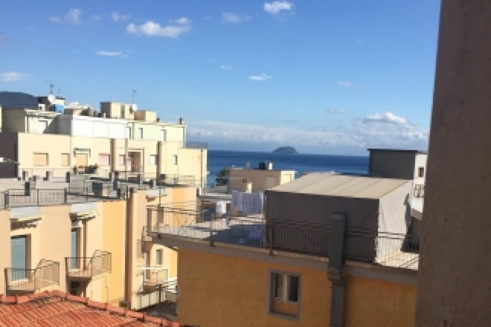 Monolocale 50 metri dal mare in vendita a Laigueglia.